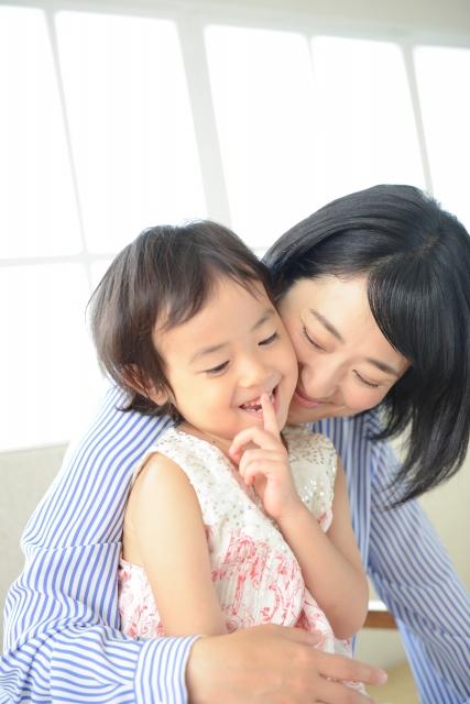 楽しそうな母と子