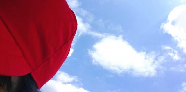 青空と赤白帽
